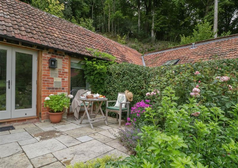 The setting of Cow Drove Cottage at Cow Drove Cottage, East Knoyle
