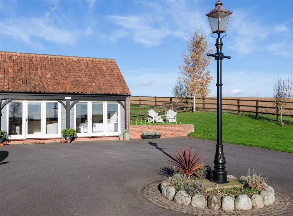 Lovely detached barn conversion at Cow Pasture Cottage in South Elkington, near Louth, Lincolnshire