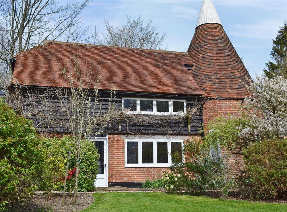 Characterful Oast at Cowford Oast in Eridge Green, near Tunbridge Wells, Sussex, East Sussex