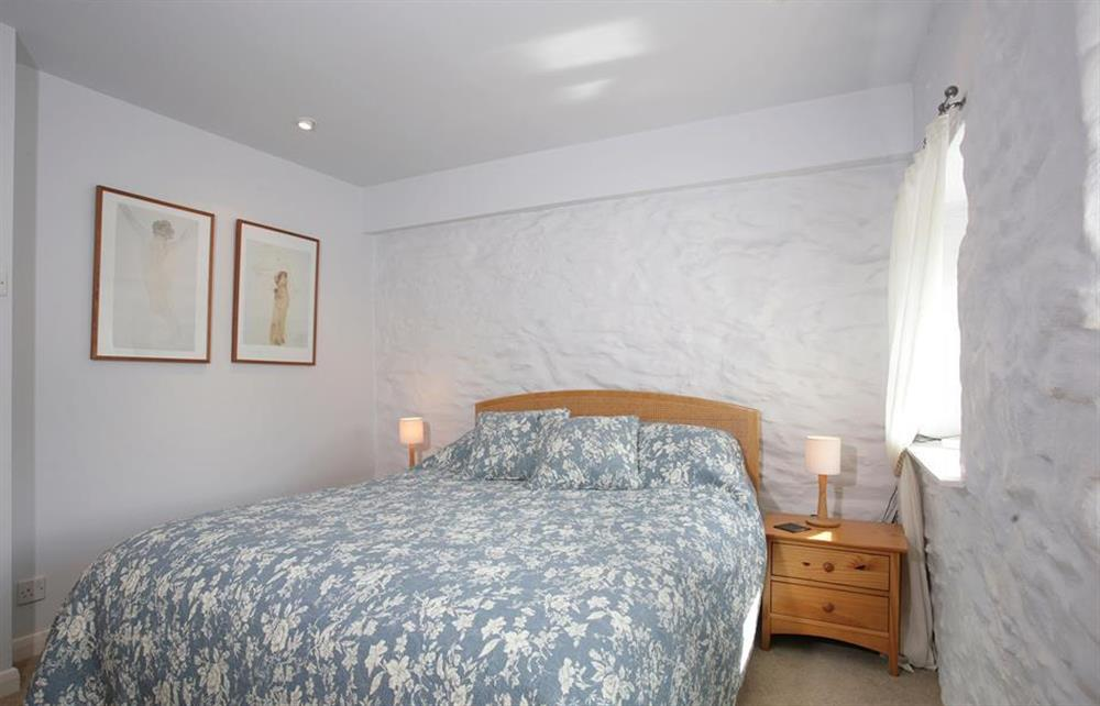 The double bedroom at Crab Cottage, Stoke Gabriel