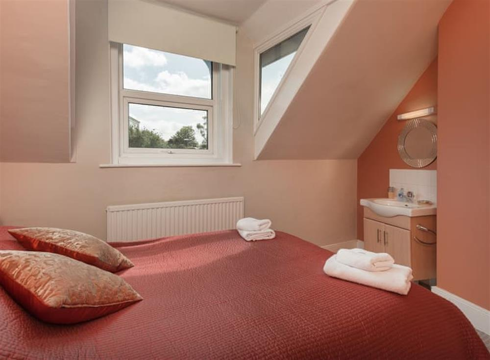 Double bedroom (photo 6) at Creels in Brixham, South Devon