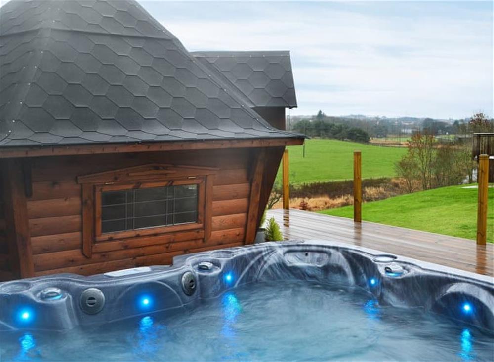 Impressive hot tub and summerhouse at Croft View in Westfield, near Bathgate, Edinburgh, West Lothian