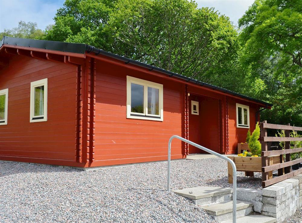 Sunny and bright holiday cottage