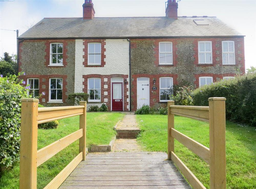 Charming, quaint holiday home at Curlew Cottage in Thornham, near Hunstanton, Norfolk, England