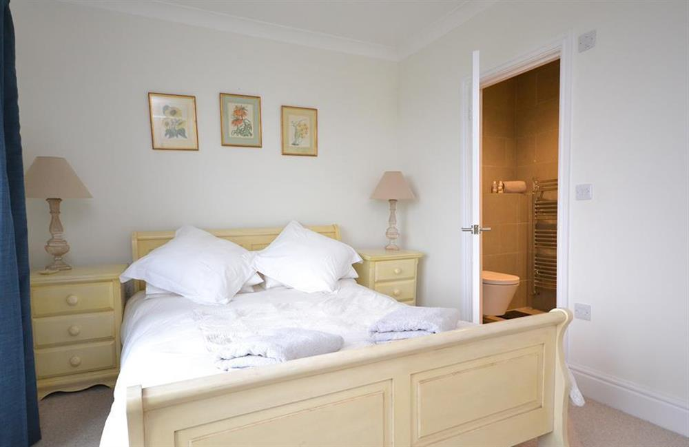 Another view of the master bedroom showing the en suite at Cuttery House, East Allington