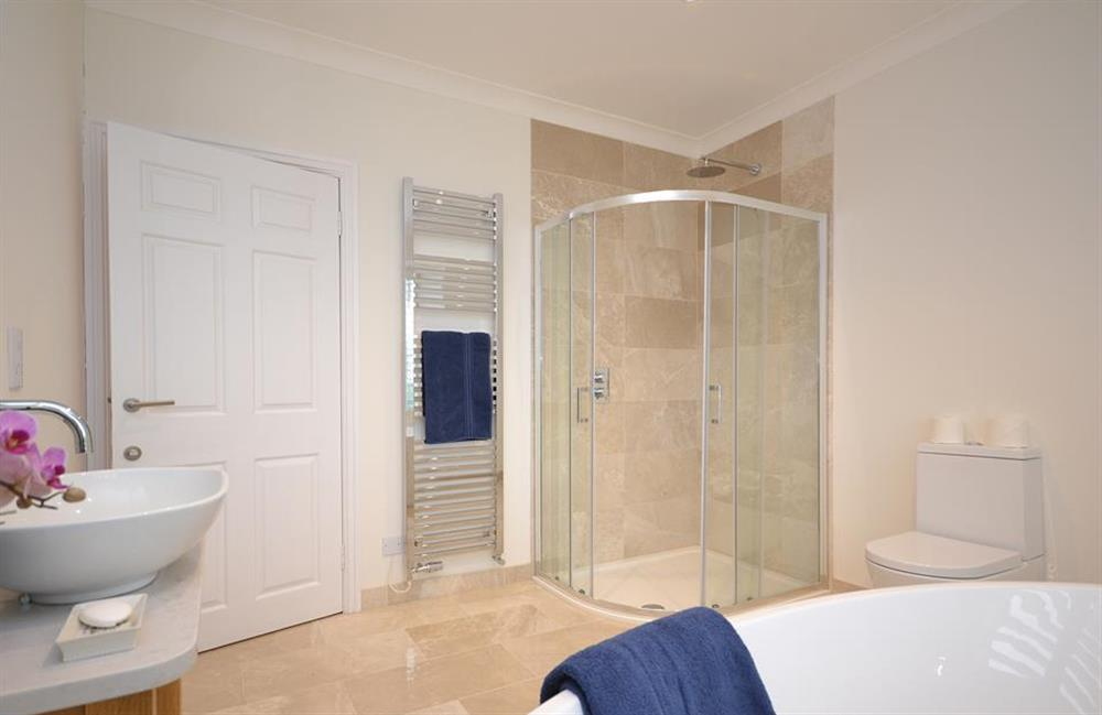 Another view of the stunning family bathroom at Cuttery House, East Allington
