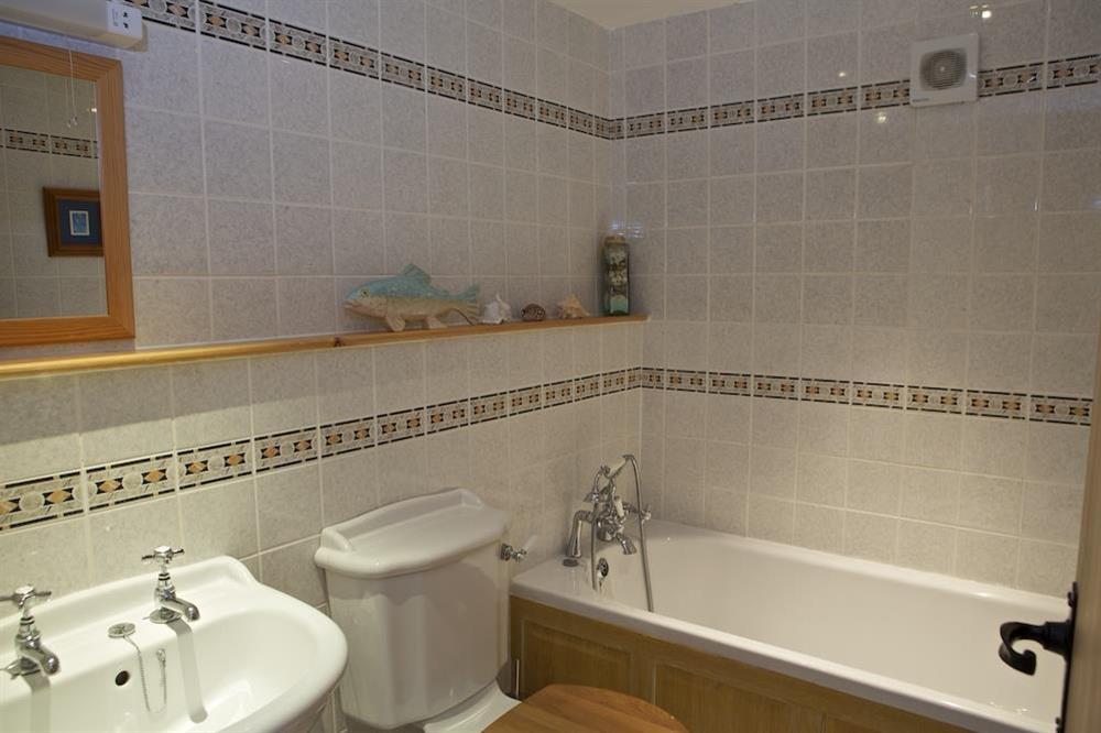 Family bathroom at Daisy in Blackawton, Dartmouth