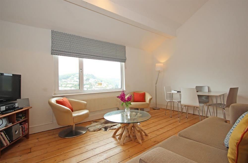 Comfortable open plan sitting/dining area with river view at Dart Views in 98 Above Town, Dartmouth
