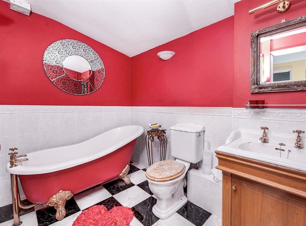 Bathroom at Dartview in Dartmouth, Devon