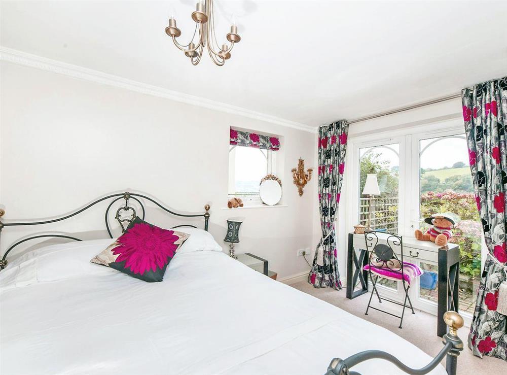 Double bedroom at Dartview in Dartmouth, Devon