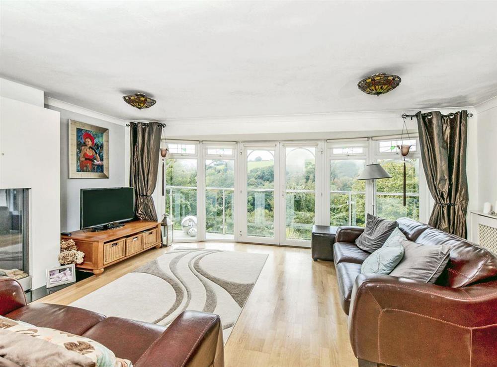Living room at Dartview in Dartmouth, Devon