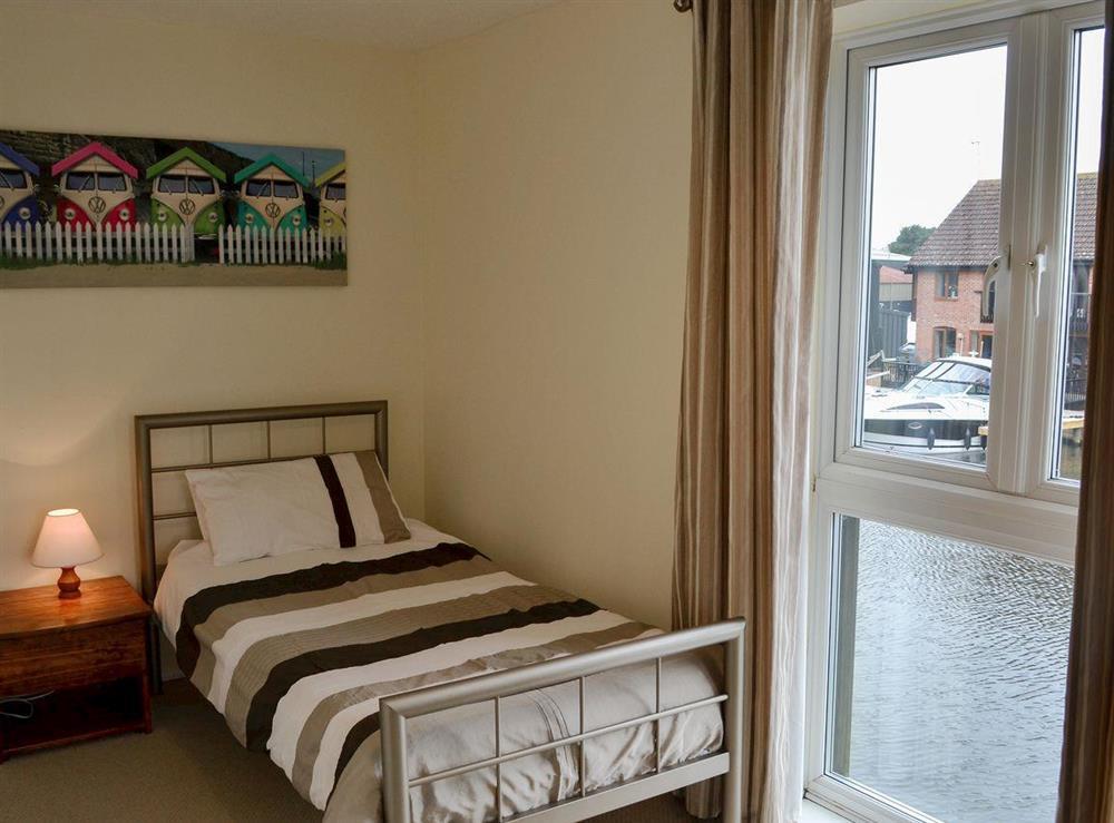 Comfy twin bedroom (photo 2) at Davids Island in Wroxham, Norfolk