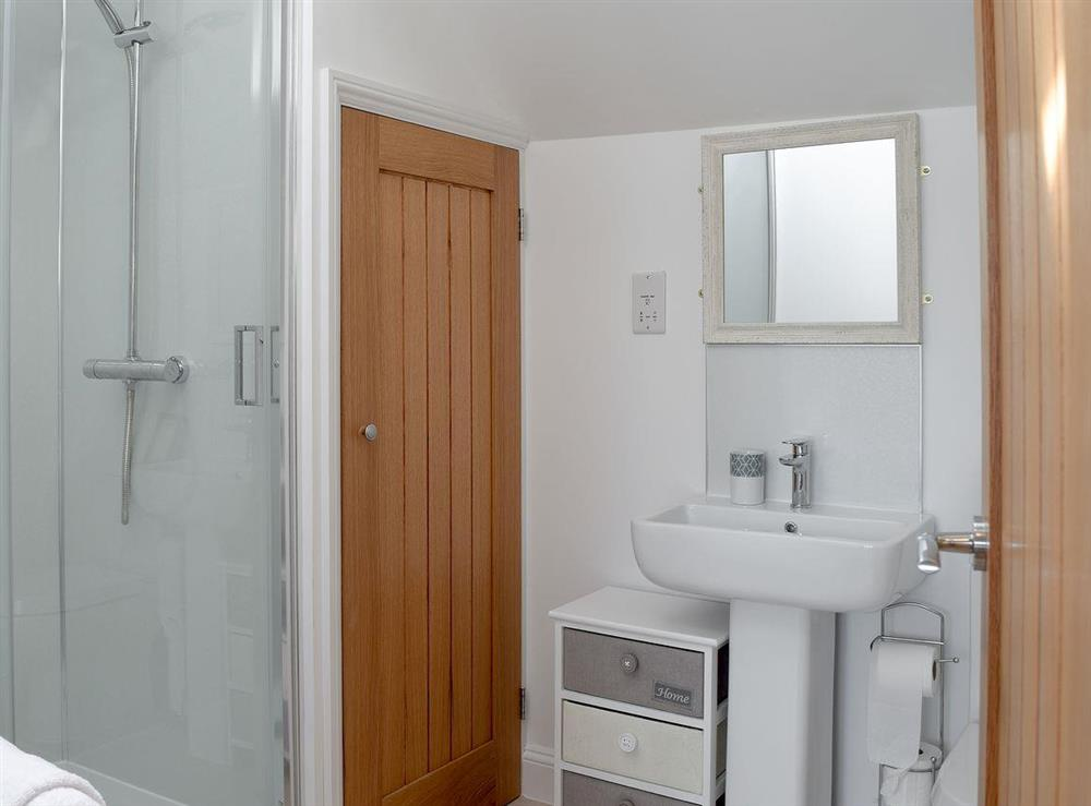 Shower room at Derbys Loft in Beccles, near Gillingham, Norfolk