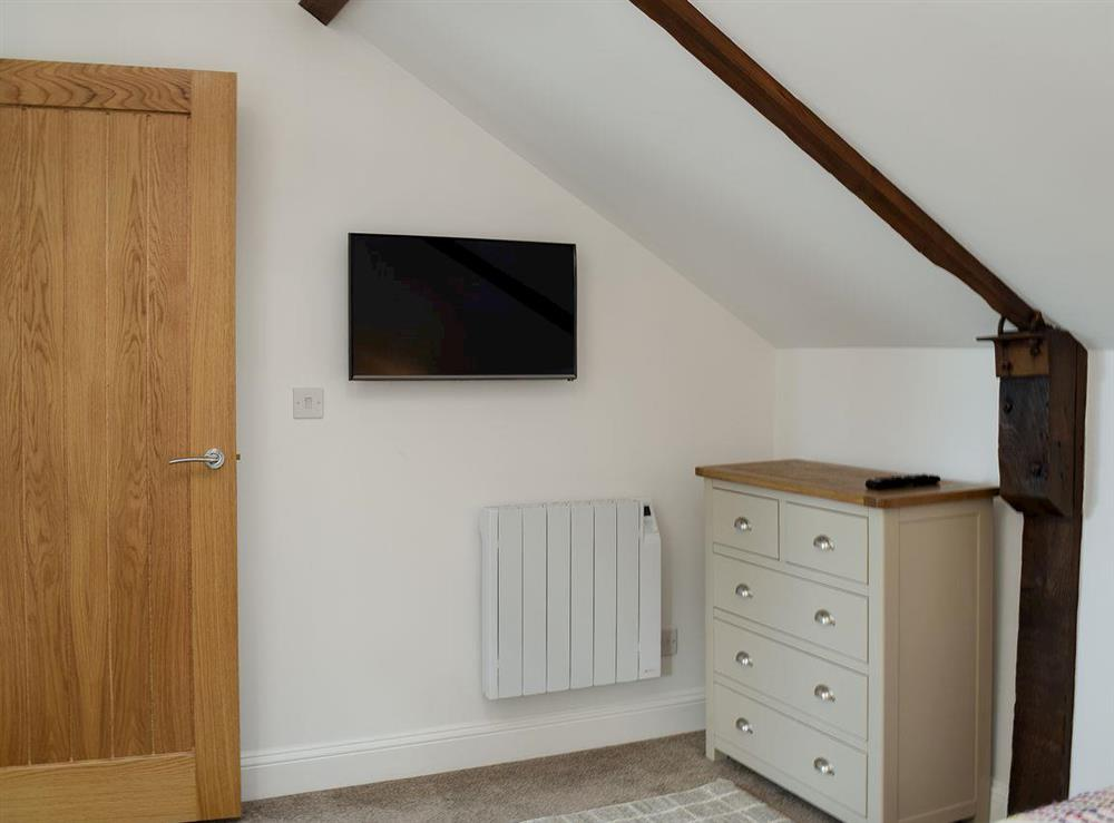 Twin bedroom (photo 2) at Derbys Loft in Beccles, near Gillingham, Norfolk
