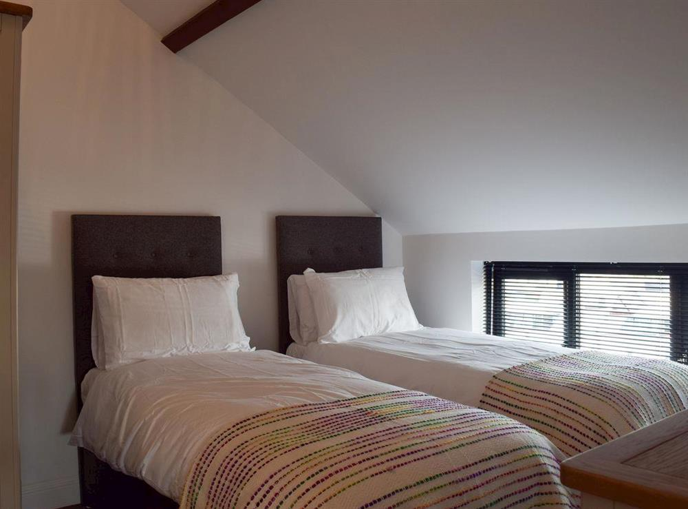 Twin bedroom at Derbys Loft in Beccles, near Gillingham, Norfolk