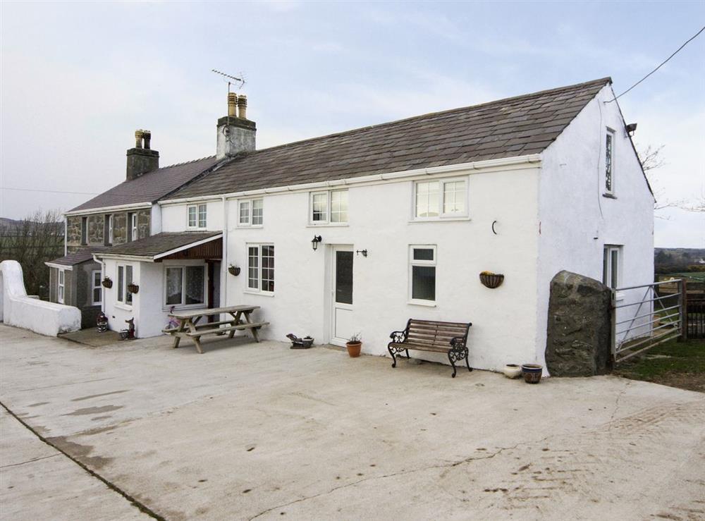 Exterior at Deuglawdd Cottage in Aberdaron, near Pwllheli, Gwynedd