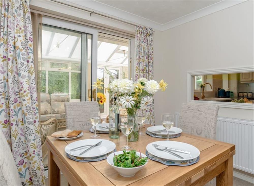 Quaint dining area at Devon Retreat in Paignton, Devon