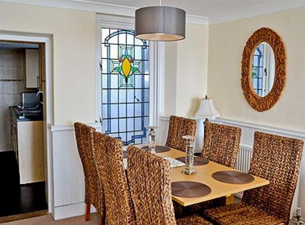 Dining room at Dolphin Cottage in Brixham, Devon