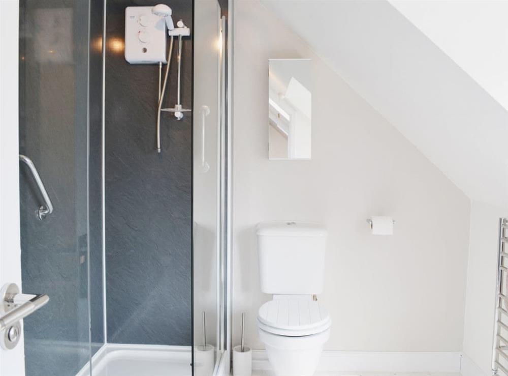 Bathroom at Dormouse Cottage in Sea Palling, Norfolk