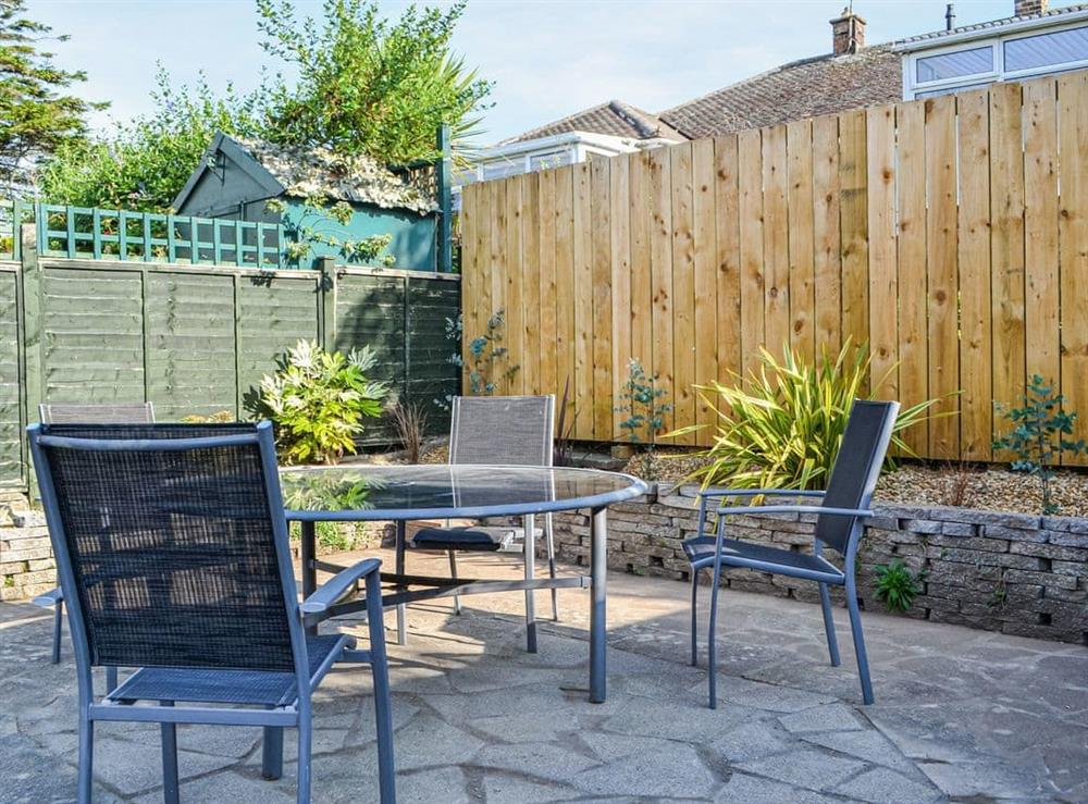 Sitting-out-area at Driftwood Cottage in Bridlington, Yorkshire, North Humberside