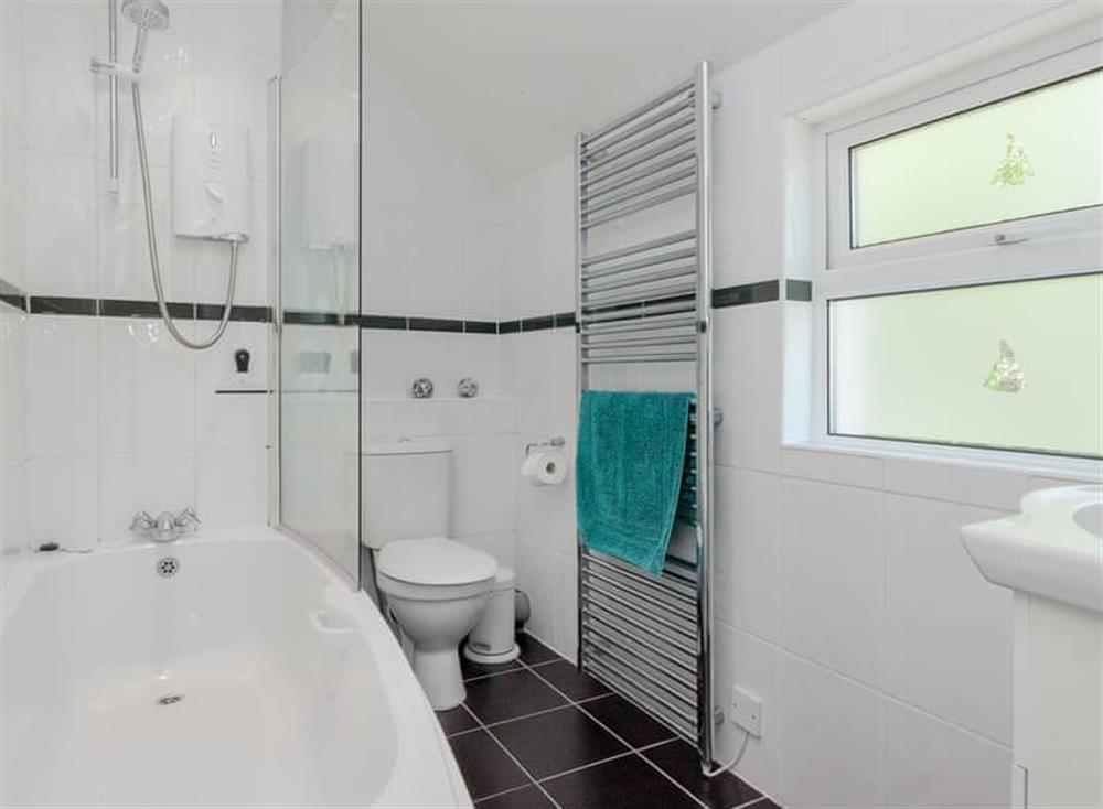 Bathroom at Driftwood in Stoke Fleming, Devon
