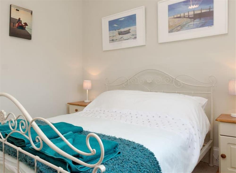 Comfortable double bedroom (photo 2) at Driftwood in Stoke Fleming, Devon