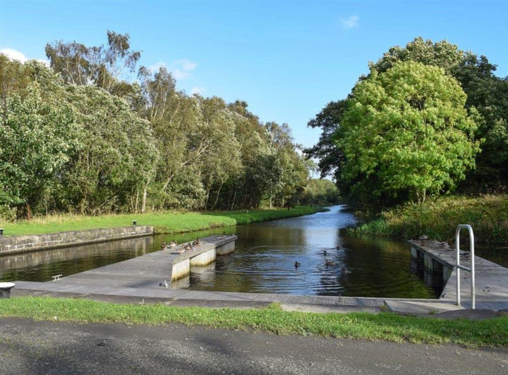 Forth & Clyde Canal at Elm Cottage in Falkirk, Stirlingshire