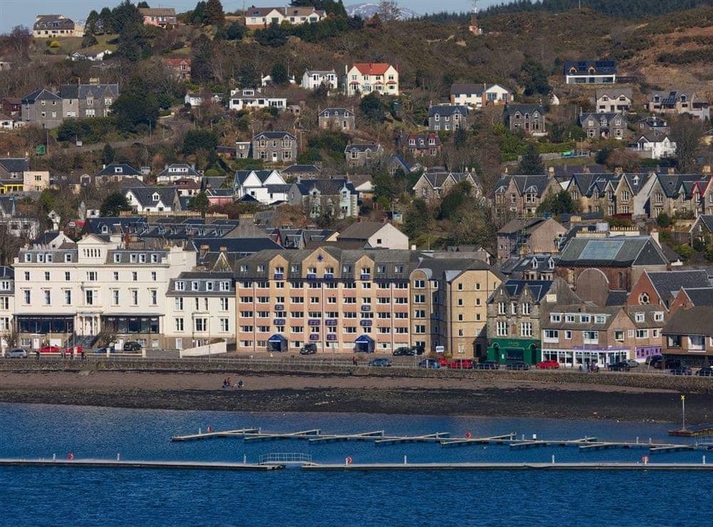 Apartments and marina at Islay 7,
