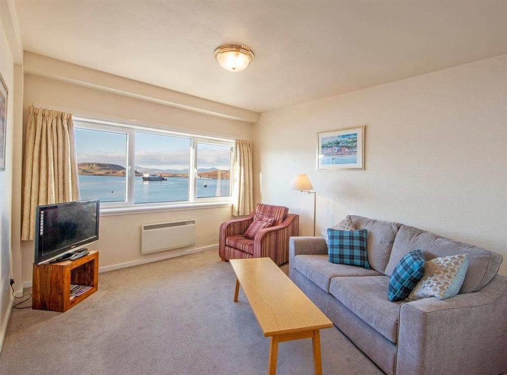Living area at Jura 1,