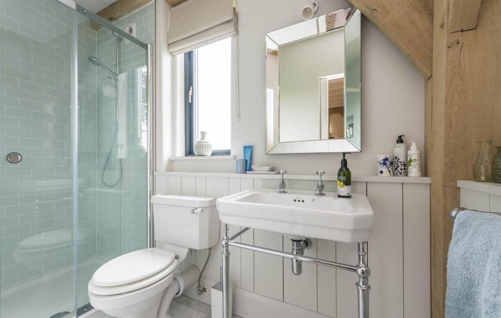 Everdene Lodge ground floor: En-suite showe room
