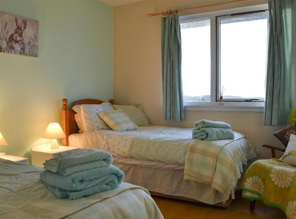 Twin bedroom at Fair View in Lairg, Sutherland
