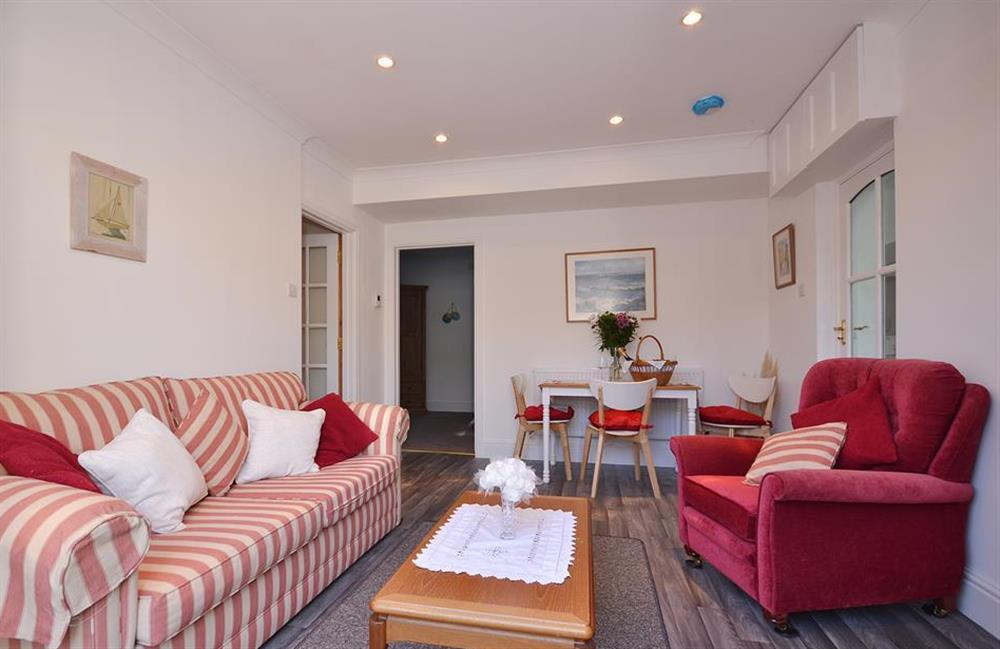 Room to relax after exploring the South Hams at Fairwinds, Strete