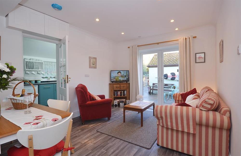 The comfortable lounge and diner at Fairwinds, Strete