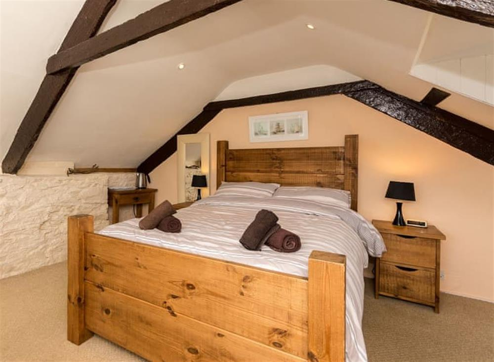Double bedroom (photo 2) at Farthing Cottage in Brixham, South Devon
