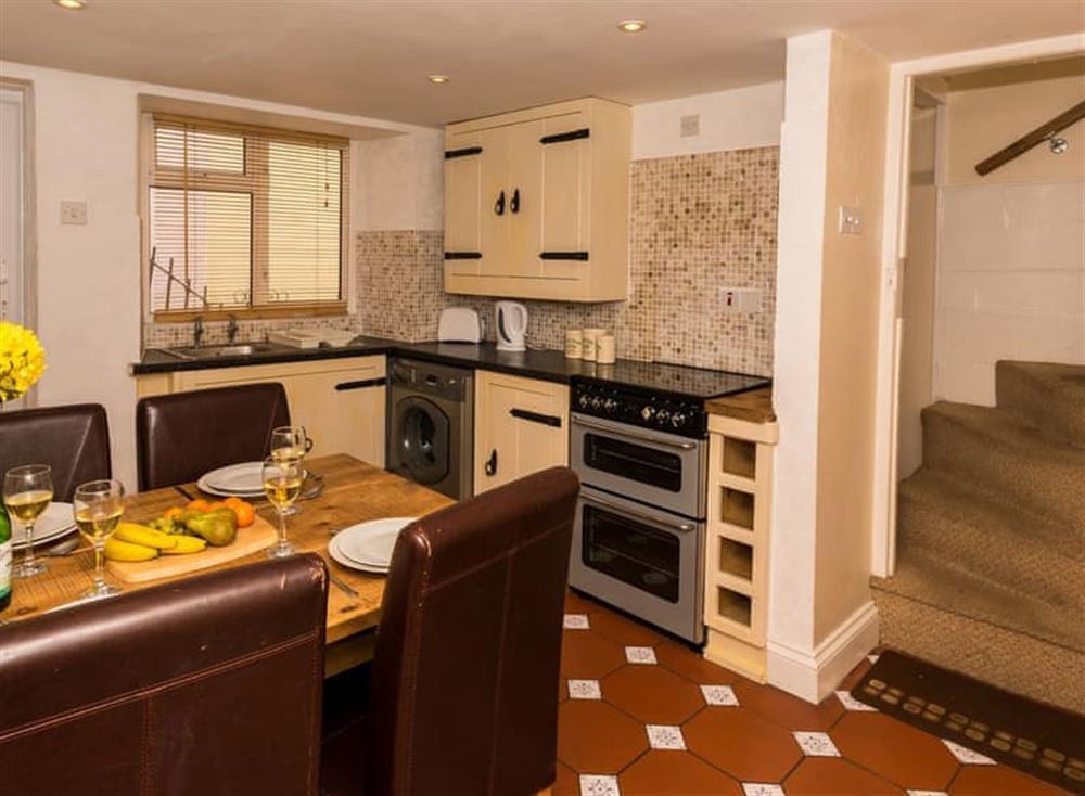 Kitchen/diner (photo 2) at Farthing Cottage in Brixham, South Devon