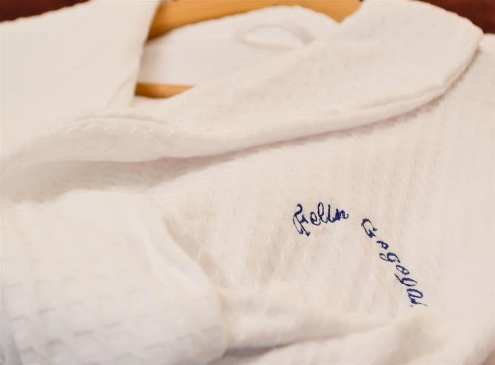 Cosy and fluffy complimentary bathrobes