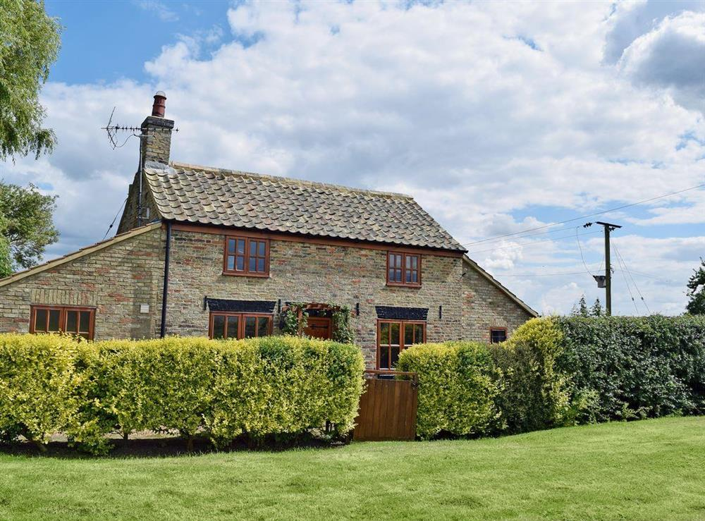 Attractive 1710 workers cottage at Fen Cottage in Little Downham, near Ely, Cambridgeshire