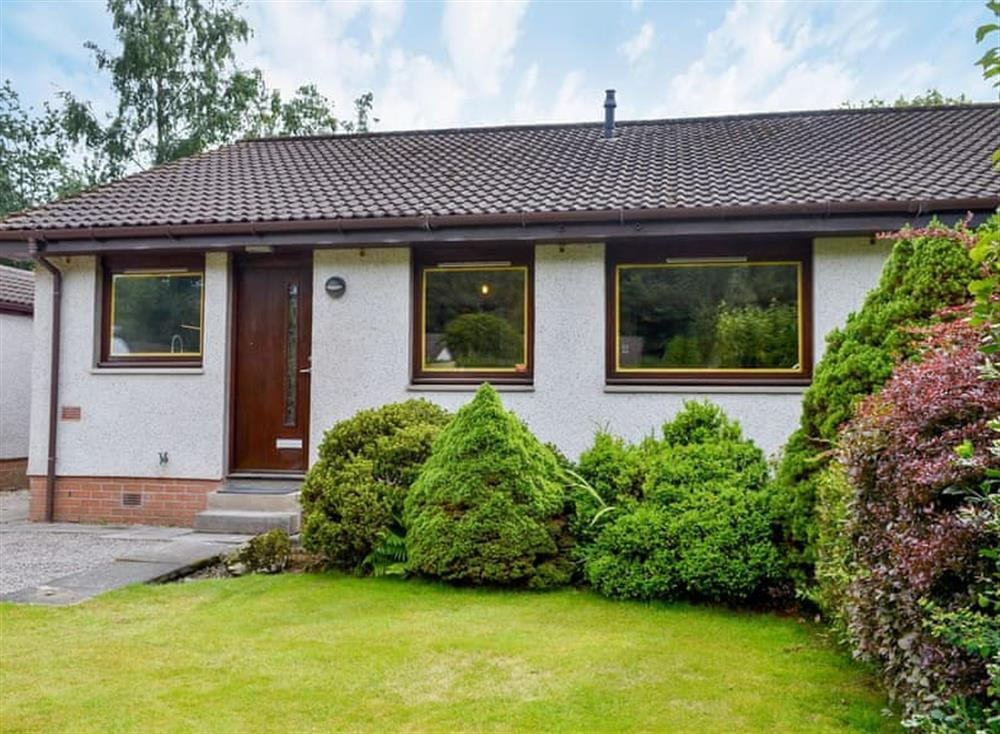 Delightful, semi-detached bungalow at Ferry Cottage in Pitlochry, Perthshire
