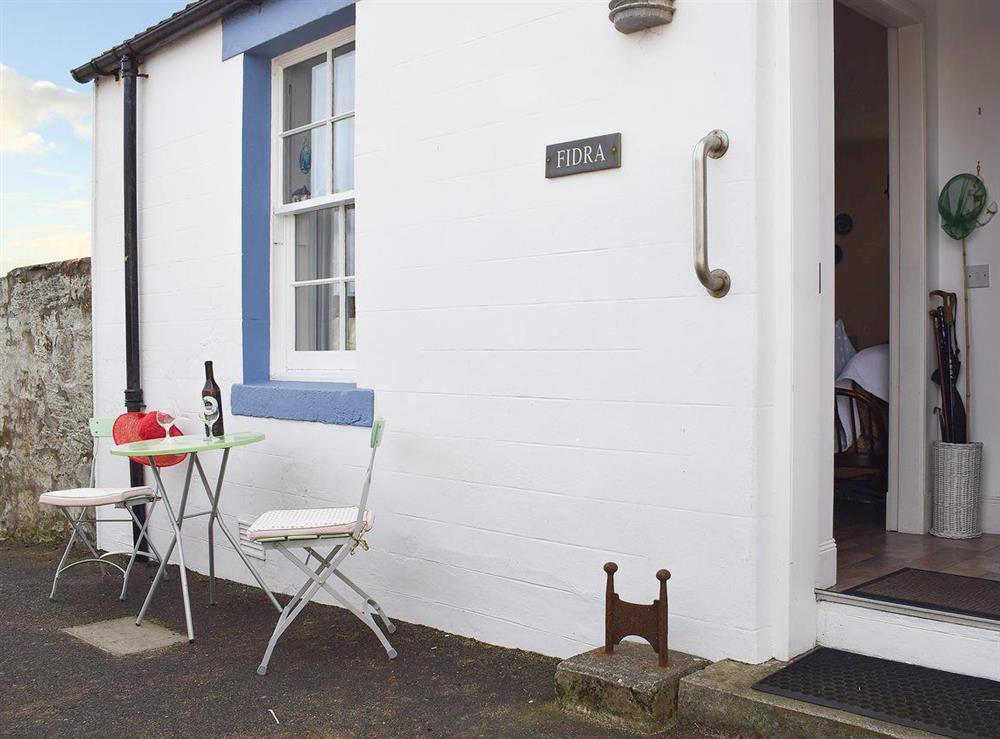 Quaint semi-detached former fisherman's cottage at Fidra in Anstruther, Fife