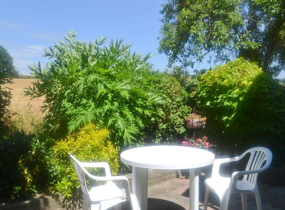 Sitting-out-area at Field View in Nettlestead, near Ipswich, Suffolk