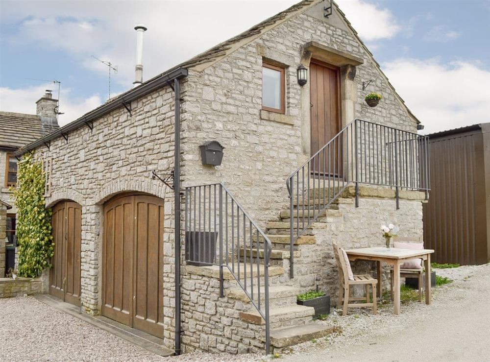 Attractive stone-built first floor holiday home at Fields Farm Apartment in Peak Forest, near Buxton, Derbyshire
