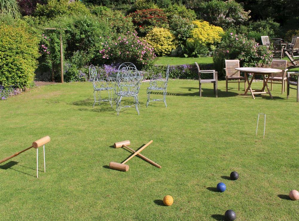 Shared on-site facilities – gardens at Upper Mill,