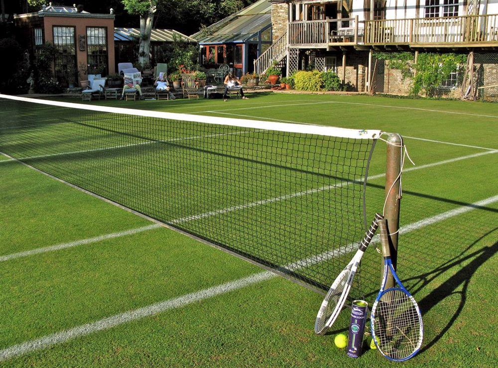 Shared on-site facilities – Tennis court at Upper Mill,