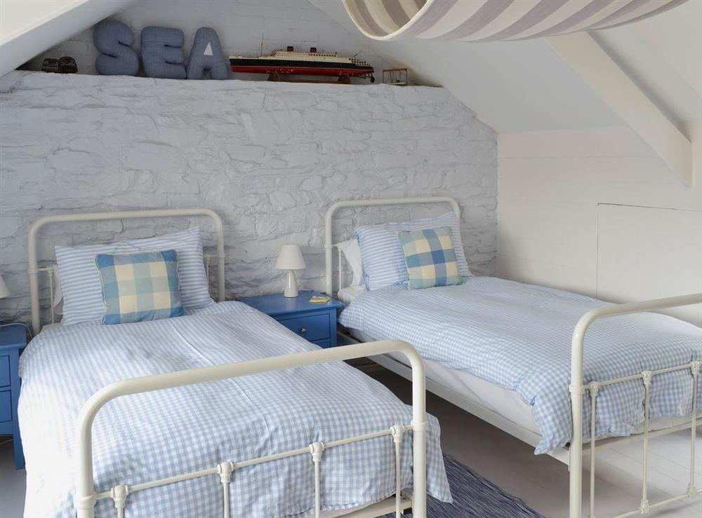 Twin bedroom at Fishermans Cottage in Brixham, South Devon., Great Britain
