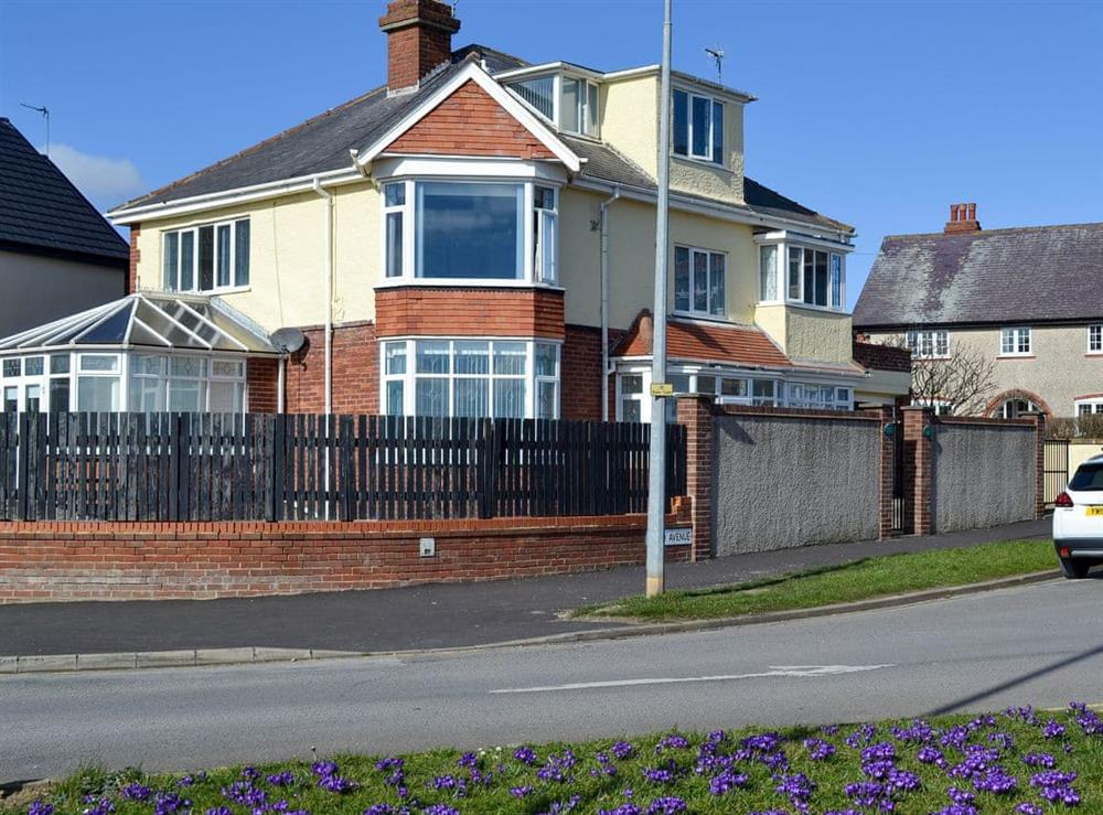 Ideal, ground floor apartment near the beach at Fishermans Friend in Bridlington, North Humberside
