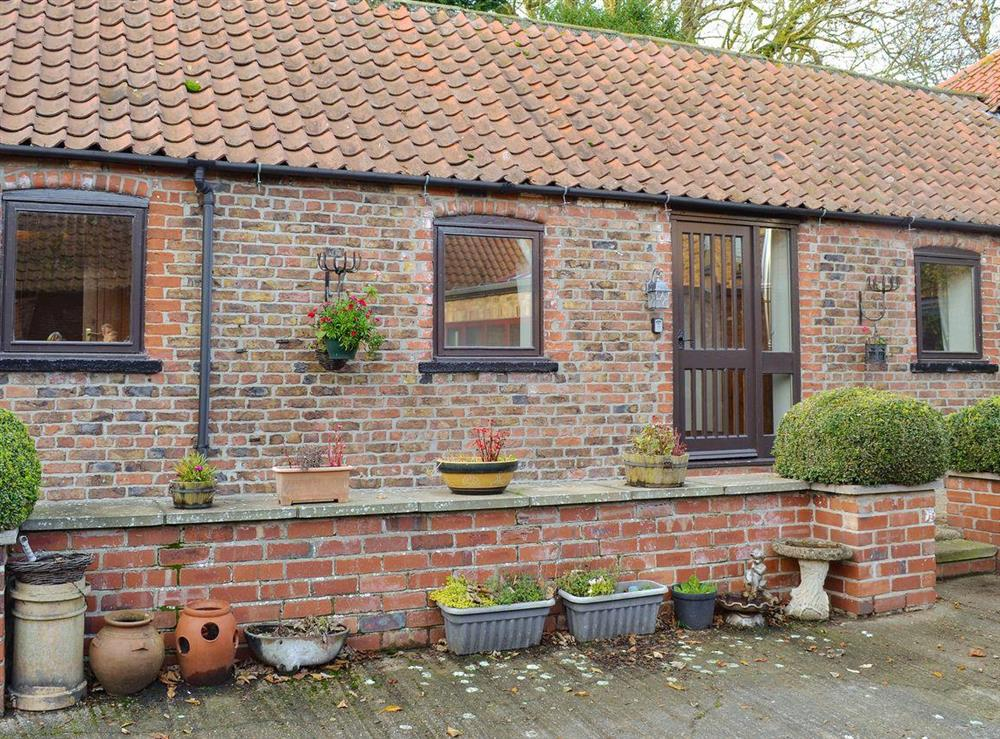 Delightful holiday home at Fitling Cottage in Fitling, near Hull, North Humberside