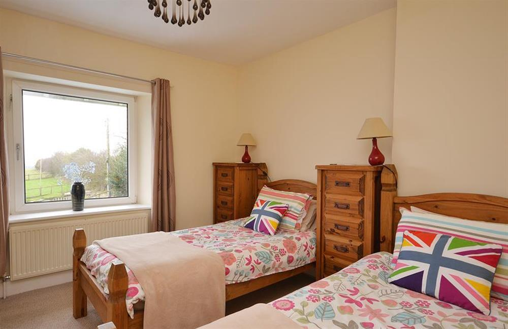 Another view of the twin bedroom at Foxenhole Farmhouse, Dittisham