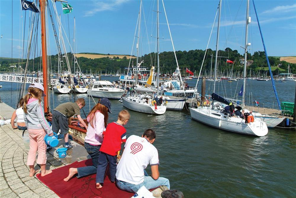 Crabbing in the harbour at Freshford in Mayors Avenue, Dartmouth