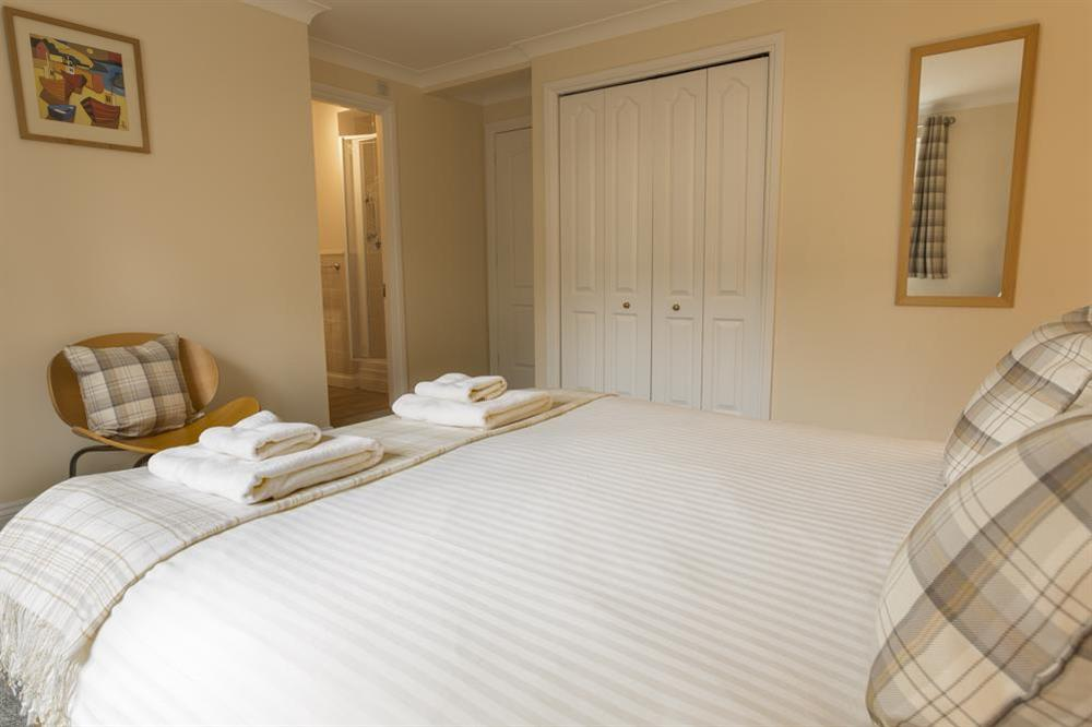 En suite master bedroom (photo 2) at Freshford in Mayors Avenue, Dartmouth