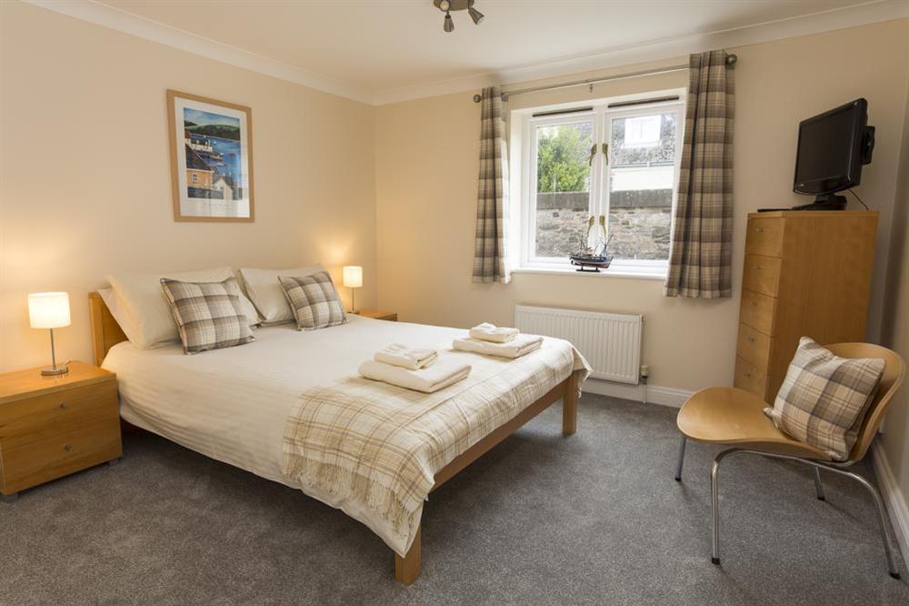 En suite master bedroom at Freshford in Mayors Avenue, Dartmouth